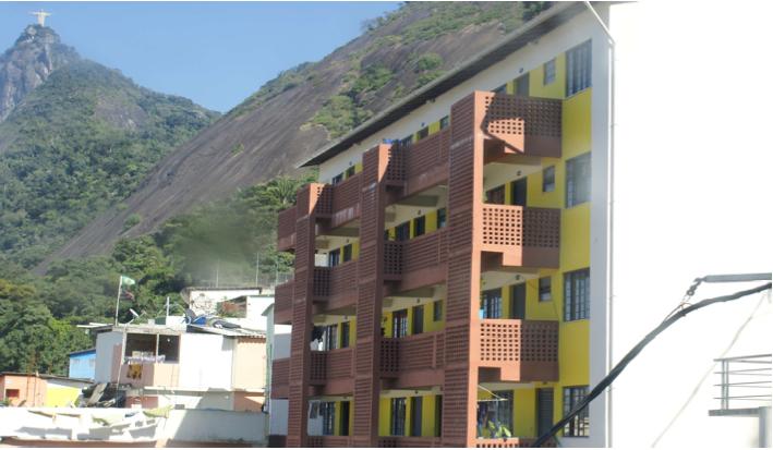 O programa de reabilitação dos bairros de favelas do Rio de Janeiro, Favela Santa Marta