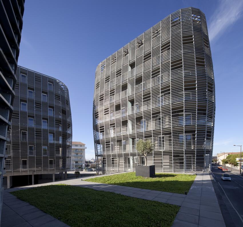 71 Habitações Municipais e Privadas / Colboc Franzen & Associés, © Cécile Septet
