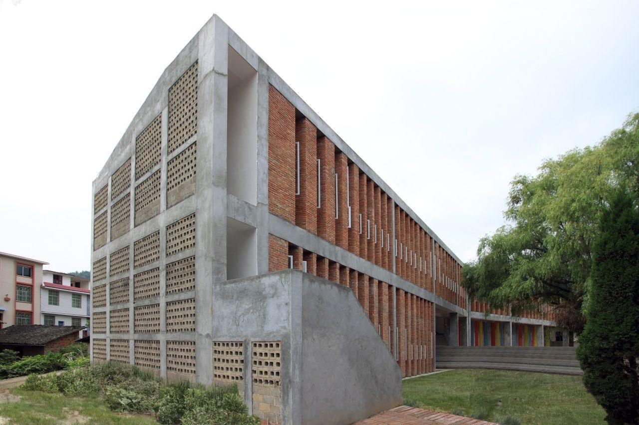 Escola de Tijolos Reciclados Tongjiang / Rufwork, © Rufwork