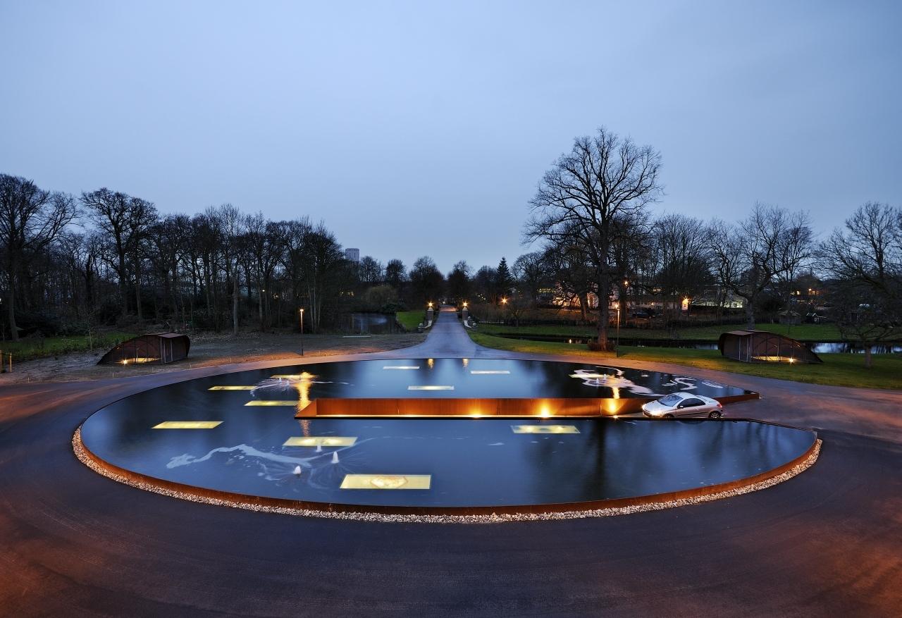 Ornamental Pond / Hosper, © Pieter Kers