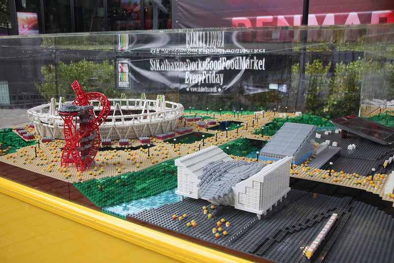 Réplica do Parque Olímpico feito de LEGO, © Warren Elsmore