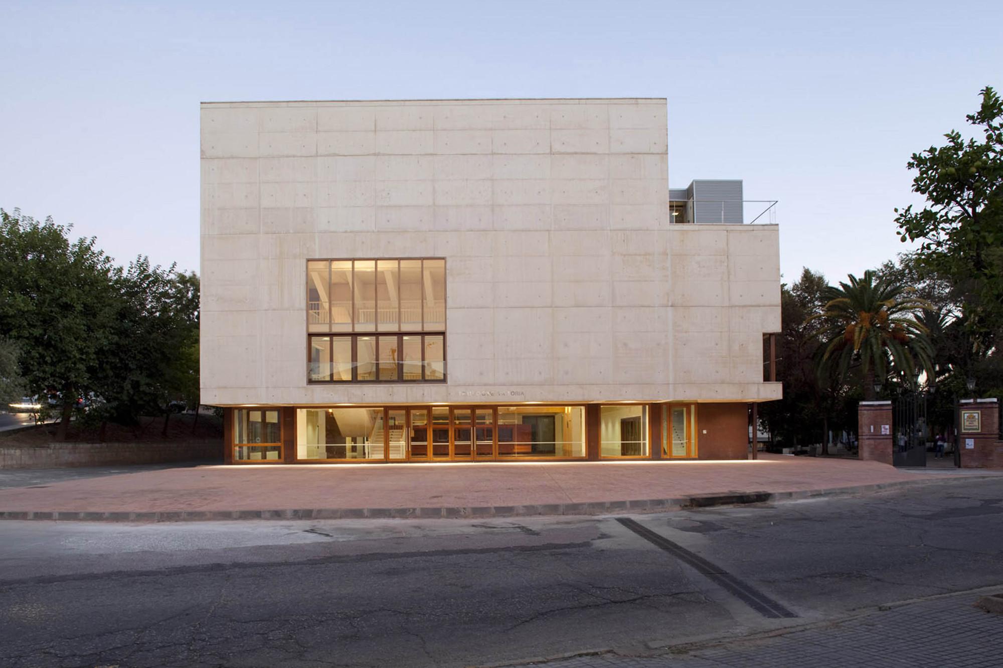 Teatro Cinema Reina Victoria / Enrique Abascal, © Clemente Delgado