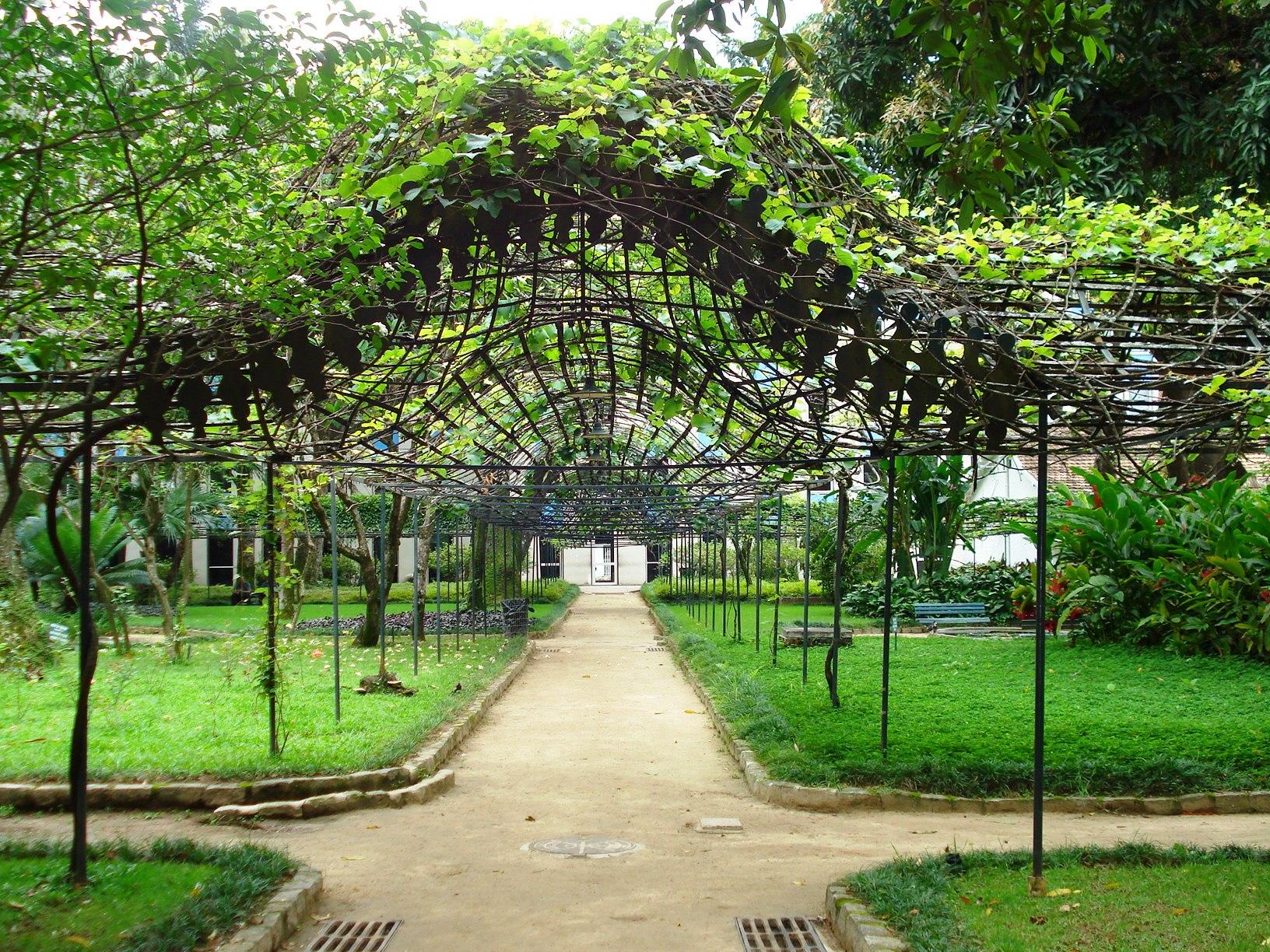 Fundação Casa de Rui Barbosa publica edital para Revitalização e Restauração do Jardim Histórico, Imagem Via Peregrinacultural´s