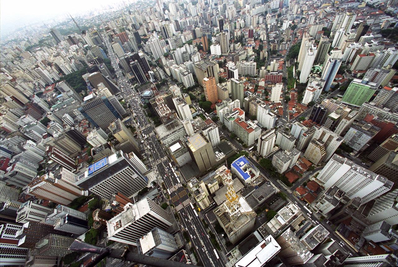 Cidades Sustentáveis, Cidades Inteligentes [Parte 1] / Carlos Leite, © Tuca Vieira. São Paulo: a cidade formal, Av. Paulista