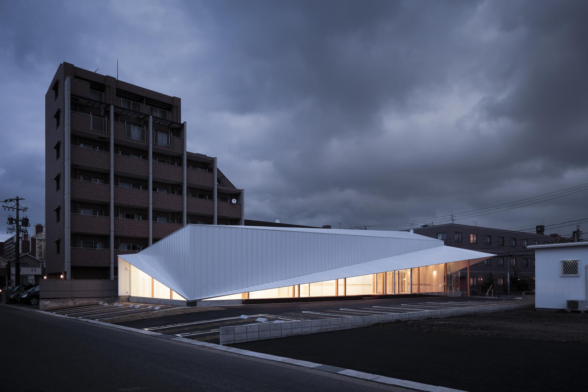 Clínica Majima / D.I.G Architects, © Tomohiro Sakashita