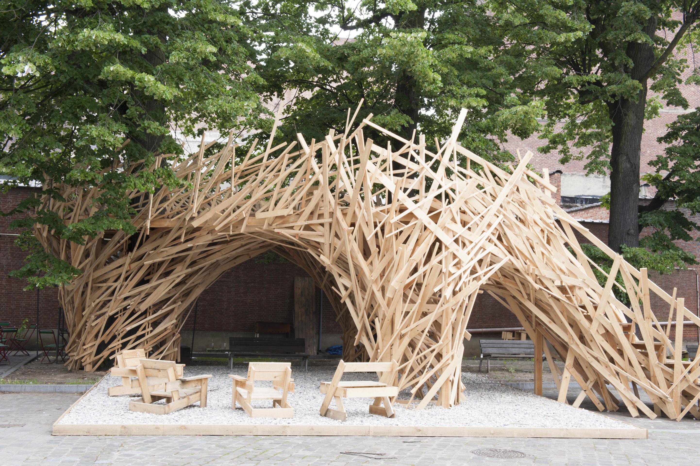"""Intervenção Urbana: """"Curo Garden"""", © Stefanie De Clercq"""