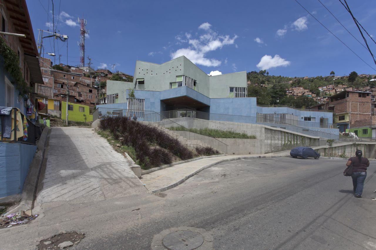 Jardim de Infância Santo Domingo Savio / Plan B arquitectos, © Sergio Gomez