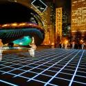 A instalação de luz Luftwerk no Chicago Millenium Park jutno ao