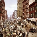 Mulberry Street, New York em 1900 – um período da história de Nova York, que Ramsey pesquisou profundamente antes de chegar à sua idéia para a Low Line. Foto via Wikipedia Commons User Debivort.