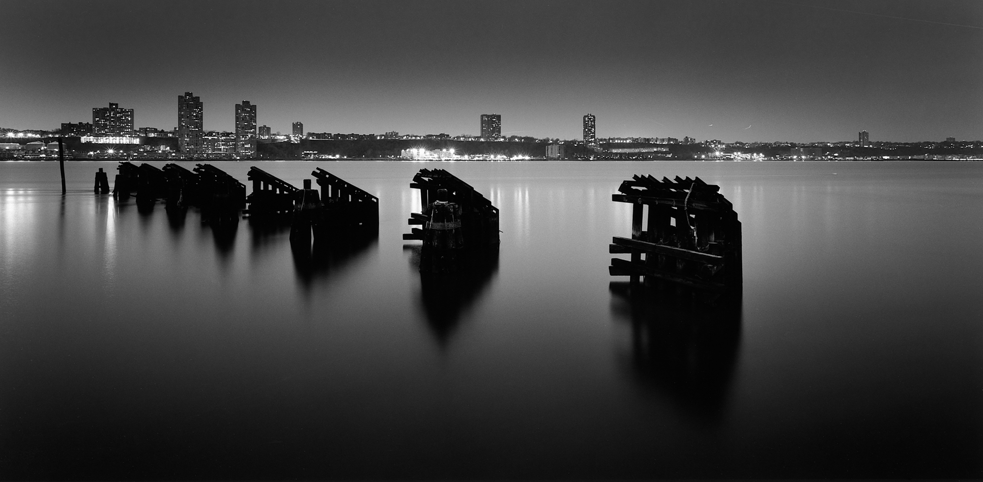 Fotografia e Arquitetura: Erieta Attali, Riverside Drive, NYC © Erieta Attali