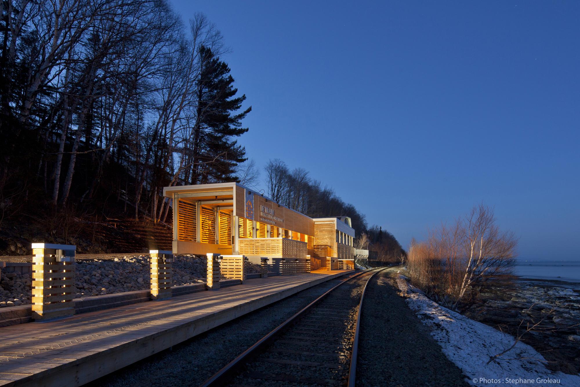 Estação de comboios Le Massif de Charlevoix / STGM Architectes, © Stéphane Groleau