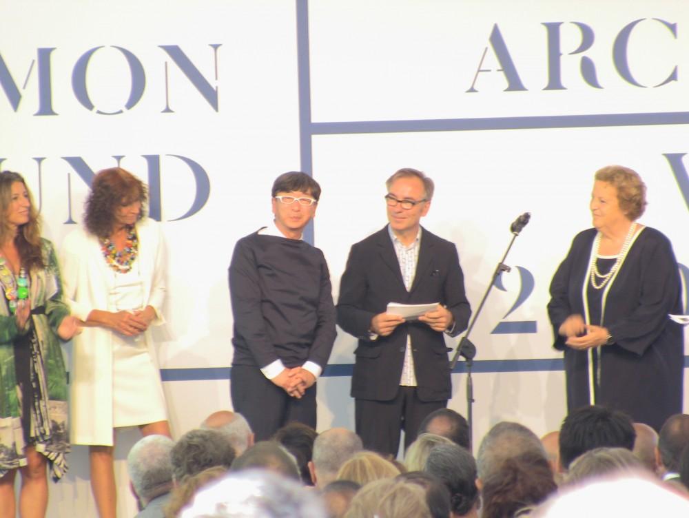 Bienal de Veneza 2012: Entrega da premiação: Alvaro Siza, Japão e Urban Think Tank , Toyo Ito, curador do Pavilhão do Japão, Vencedor do Leão de Ouro na Categoria Pavilhões Nacionais.