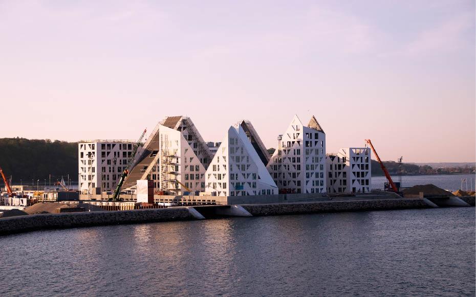 Em construção: Iceberg / CEBRA + JDS + SeARCH + Louis Paillard, Iceberg Tops Out © CEBRA
