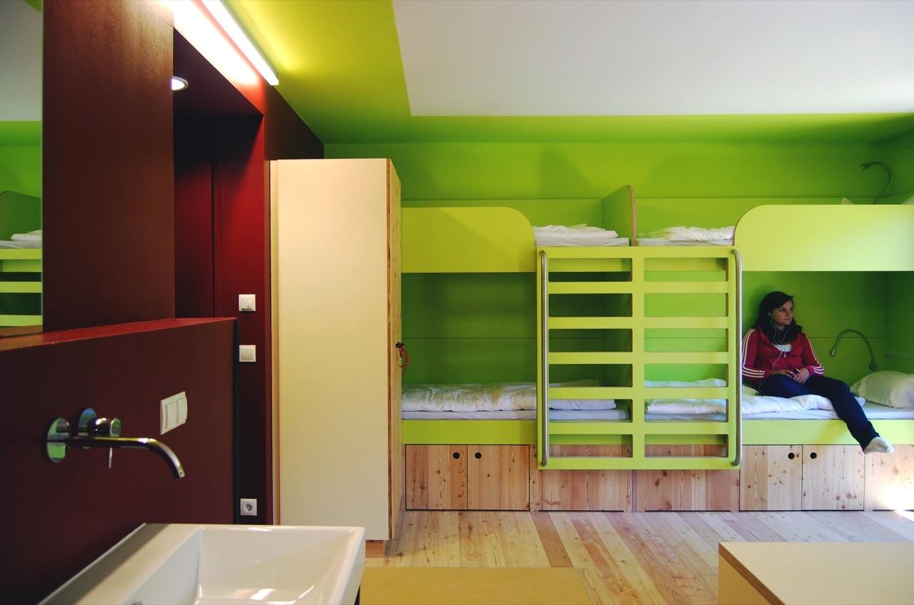Hostel para Jovens em Berchtesgaden / LAVA, Cortesia de LAVA
