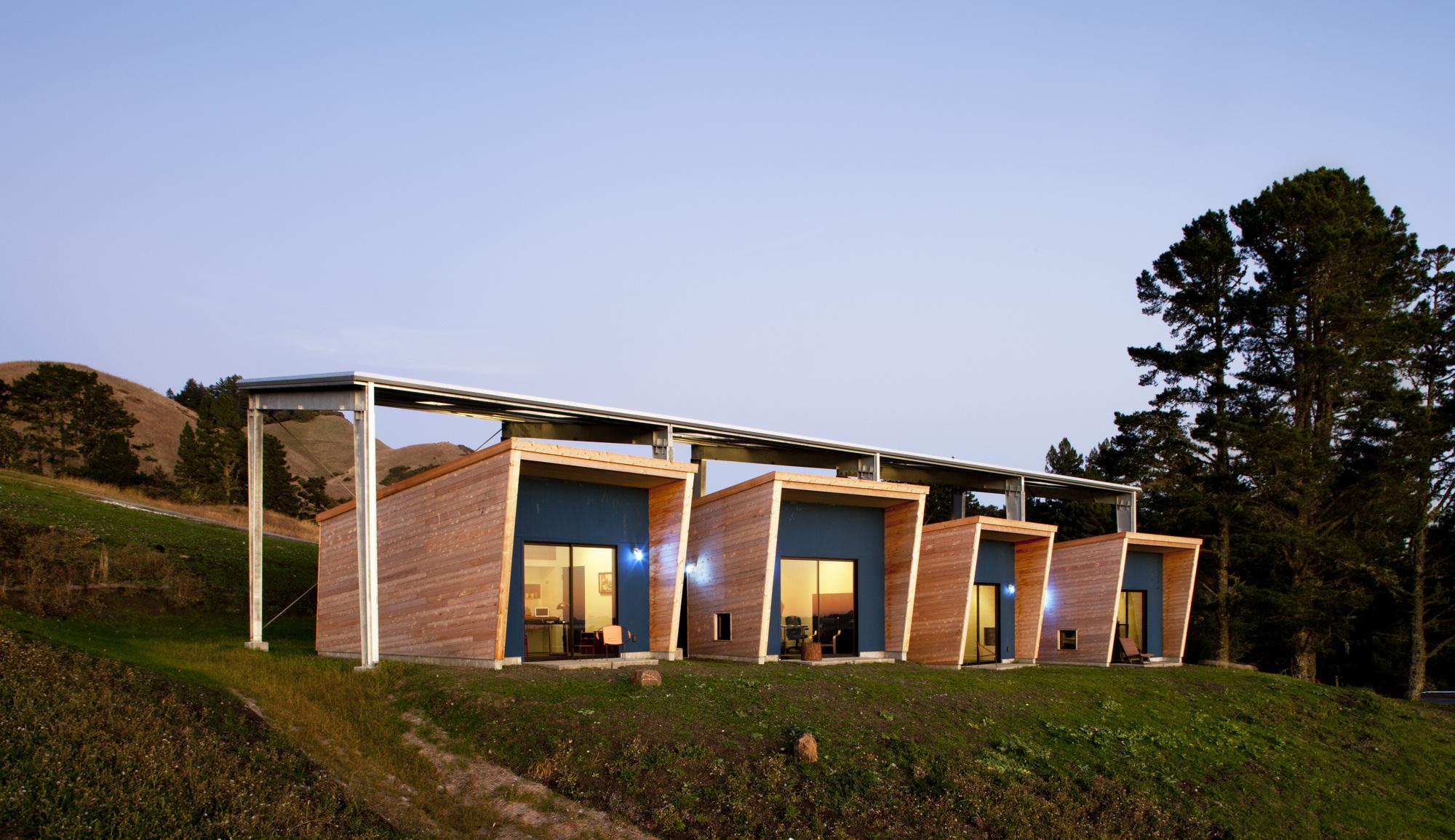 Diane Middlebrook Memorial Building / CCS Architecture, © Cortesia de CCS Architecture