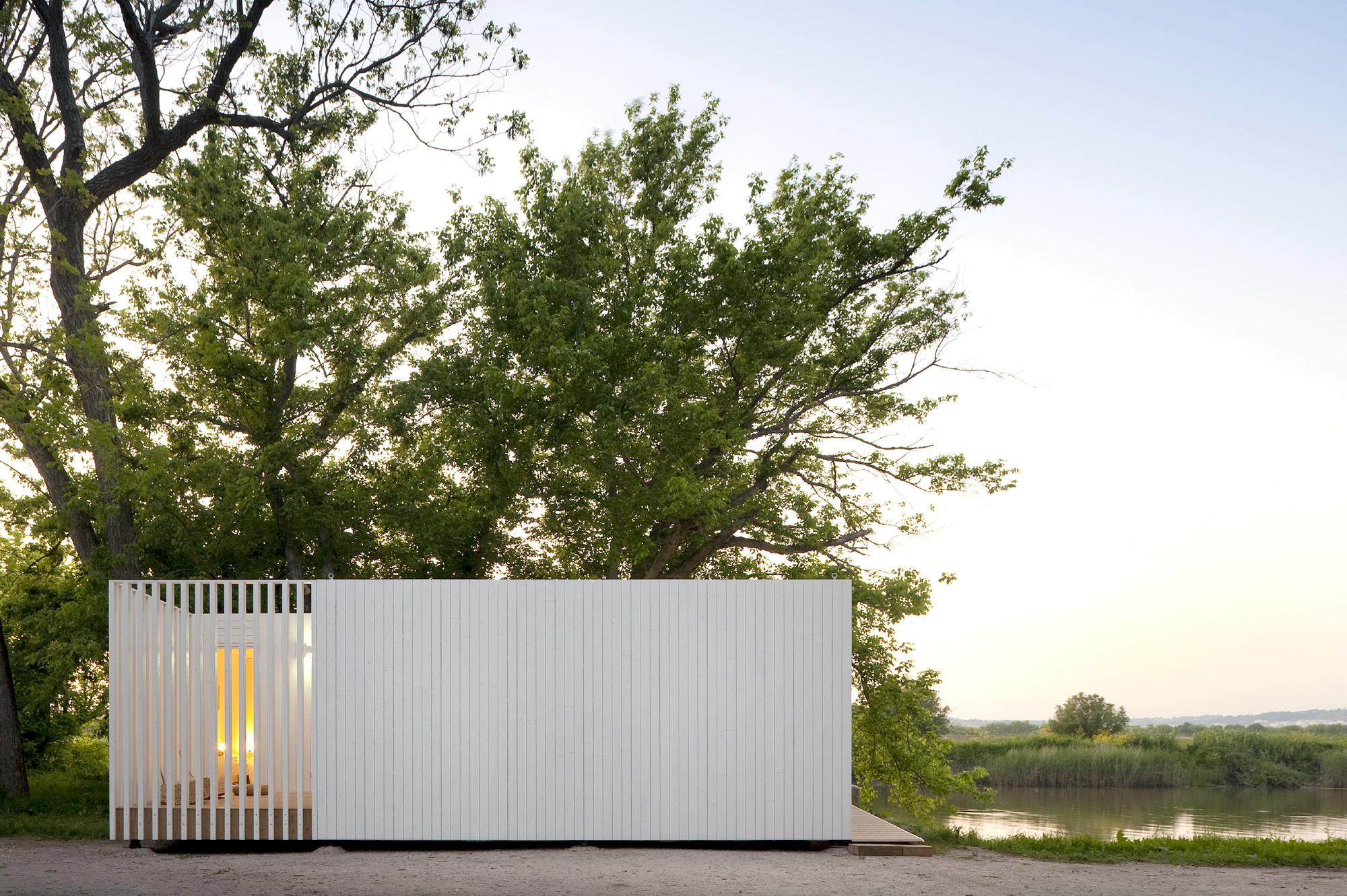Treehouse Riga / Appleton & Domingos, © FG + SG – Fernando Guerra, Sergio Guerra