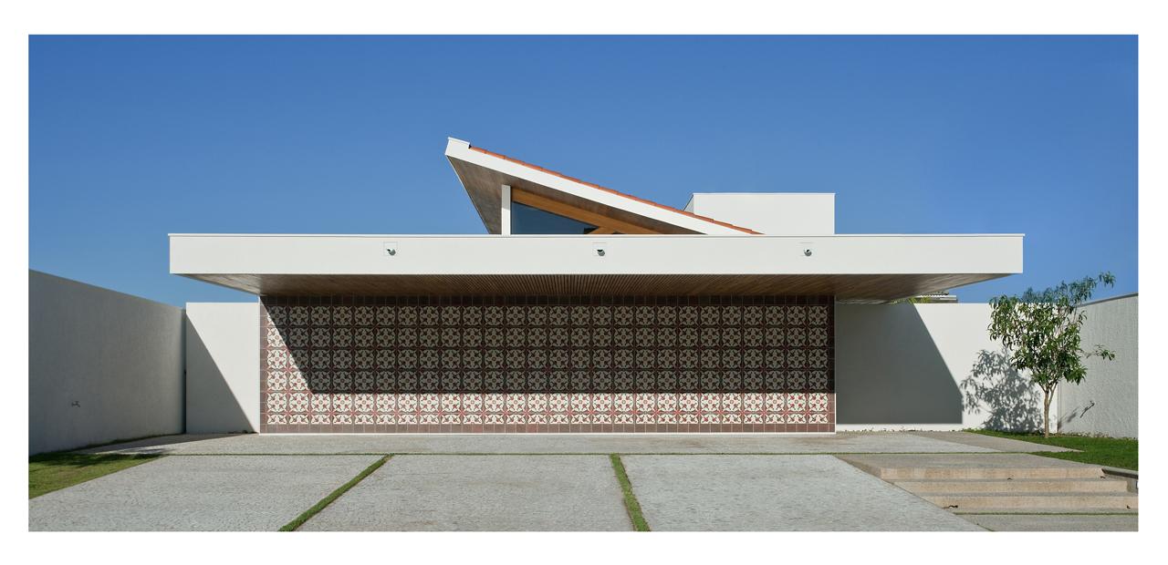 Casa GEDDA / Mustafá Bucar Arquitetura , © Paulo Rezende