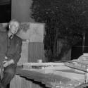 Frank Lloyd Wright com a maquete Wingspread na Exposição