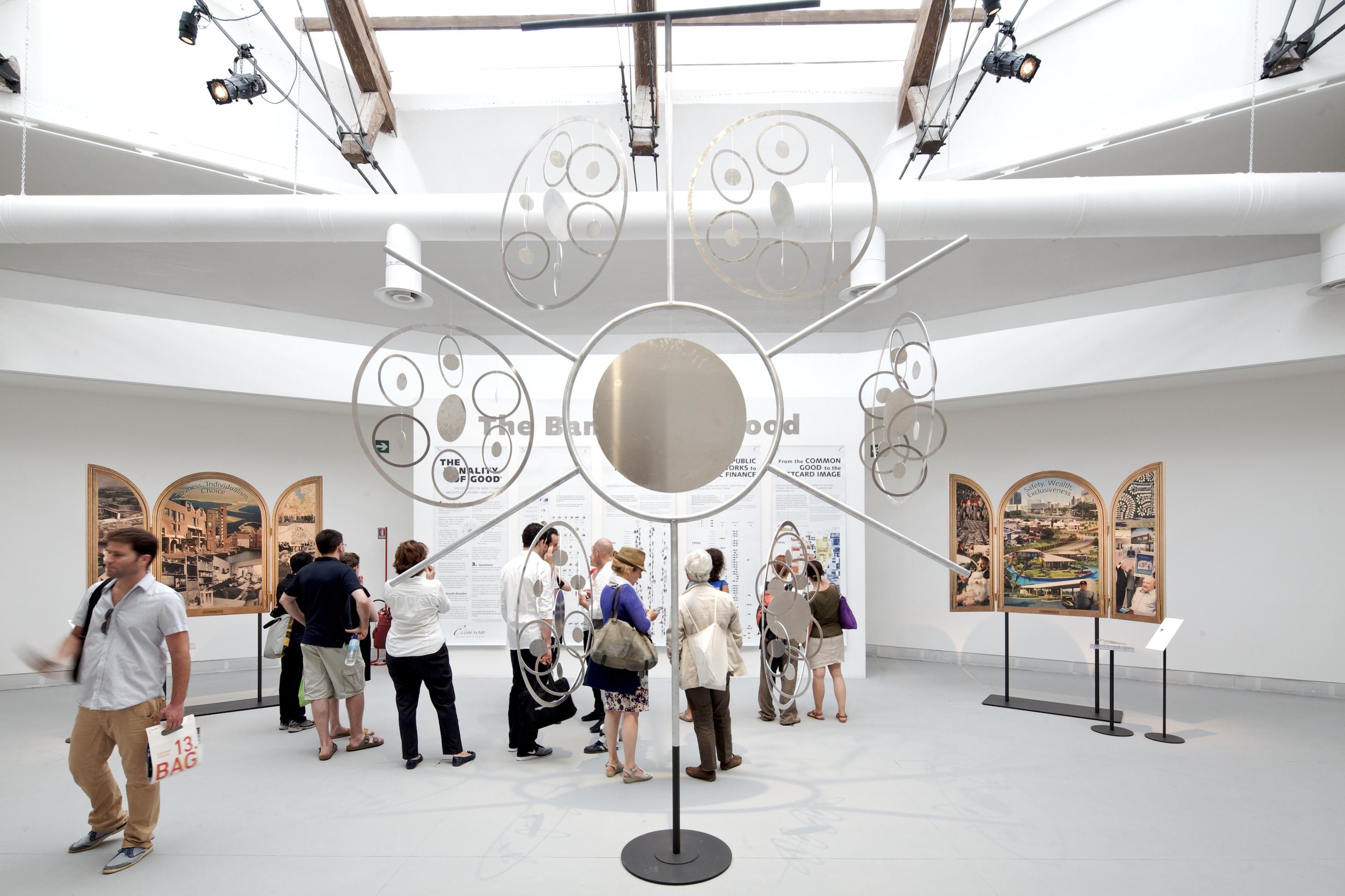 Bienal de Veneza 2012: A Banalidade do Bom: Novas Cidades, Arquitetos, Dinheiro, Política / Crimson Architectural Historians, © Nico Saieh