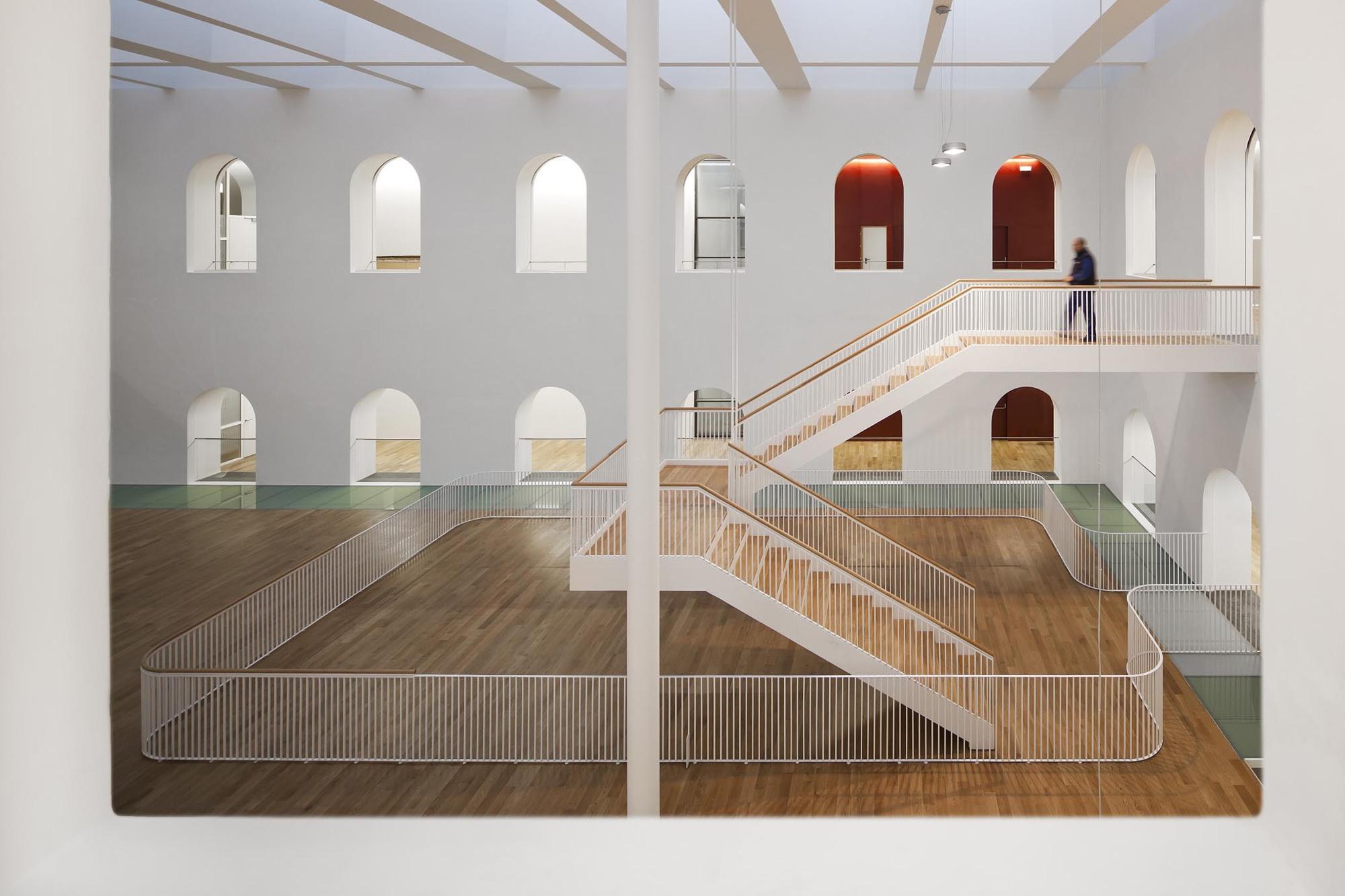 Palácio da Justiça de Burgos / Estudio Primitivo Gonzalez, © FG+SG - Fernando Guerra, Sergio Guerra