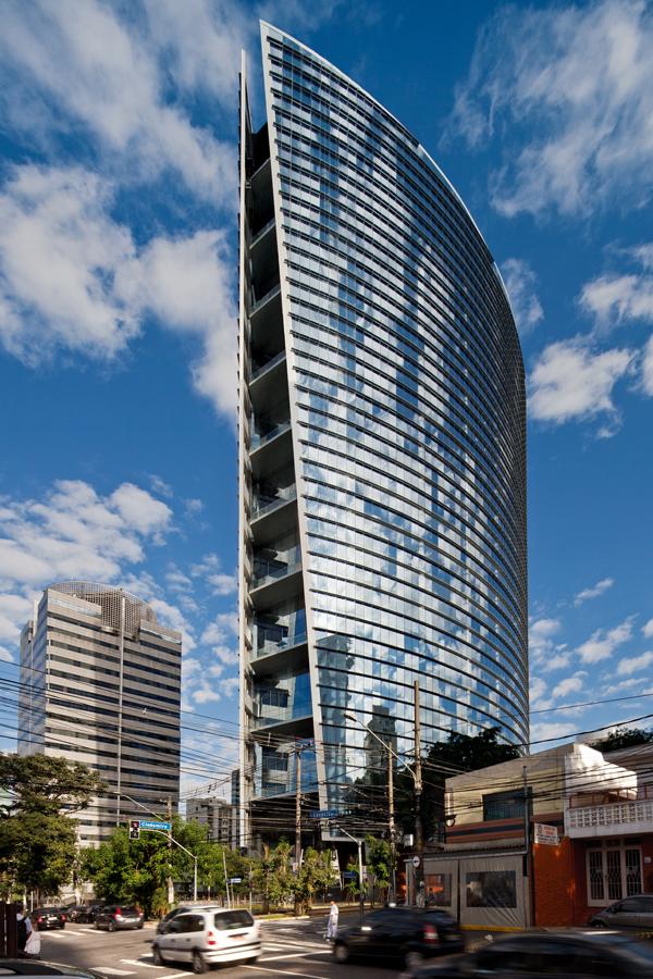 Infinity Tower / KPF e Aflalo & Gasperini Arquitetos, © Leonardo Finotti