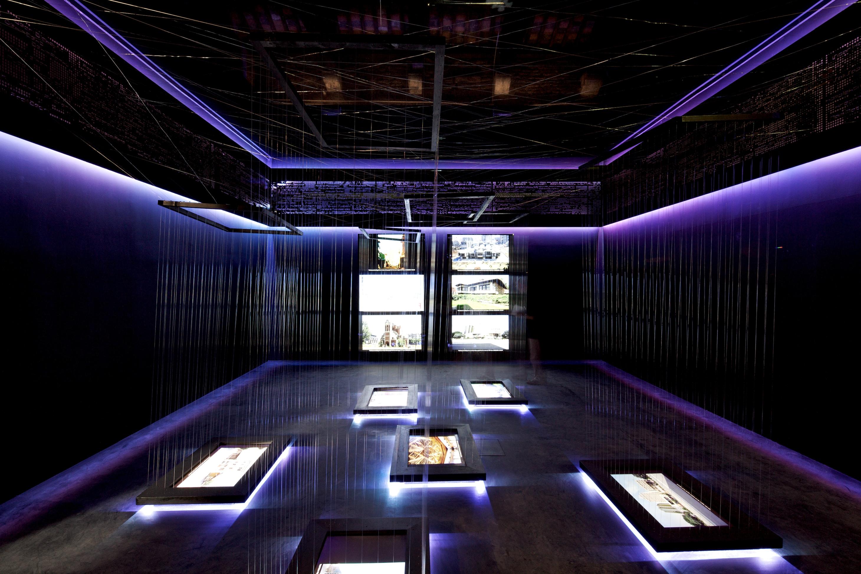 """Bienal de Veneza 2012: """"O Criador de filigrana"""" /  Pavilhão de Kosovo, © Nico Saieh"""