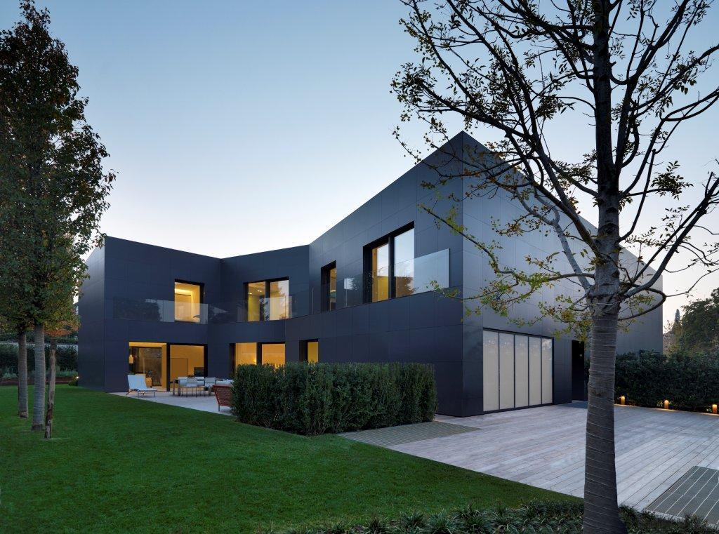 Casa di sassuolo enrico iascone architetti archdaily for Case di architetti moderni