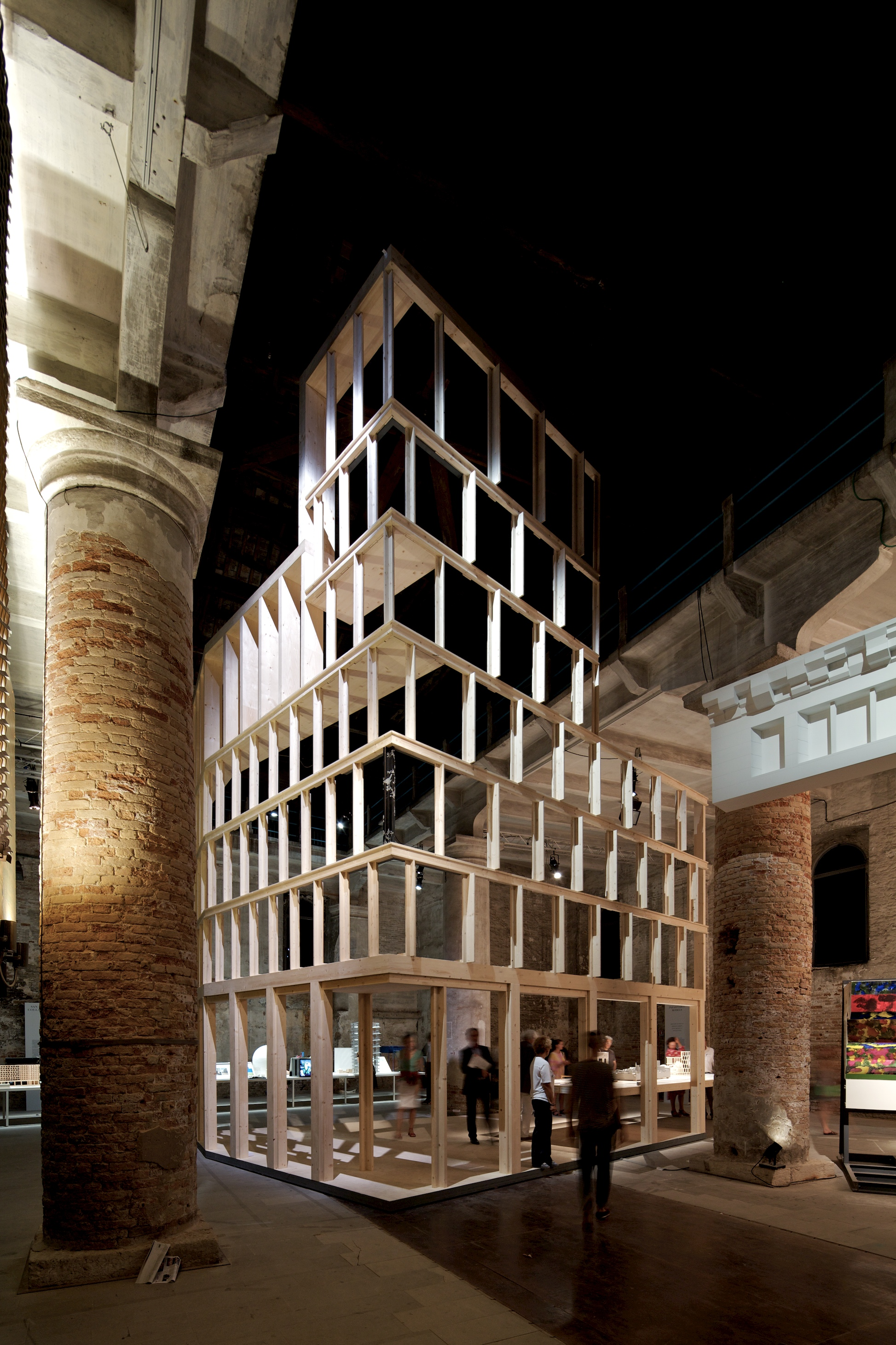 Bienal de Veneza 2012: Inhabitable Models / Eric Parry Architects, Haworth Tompkins, Lynch Architects, © Nico Saieh
