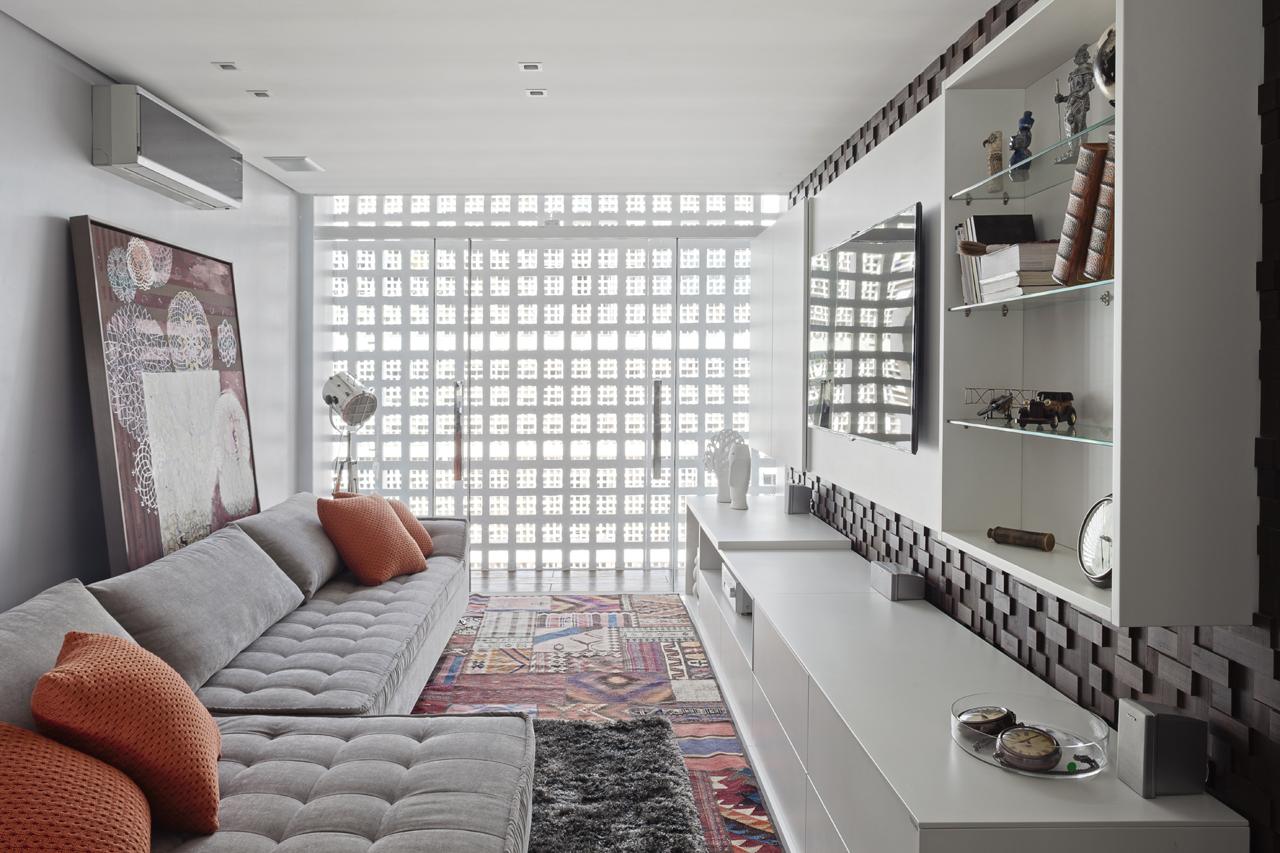 Apartamento conceito L-R / 1:1 arquitetura:design,  © Haruo Mikami