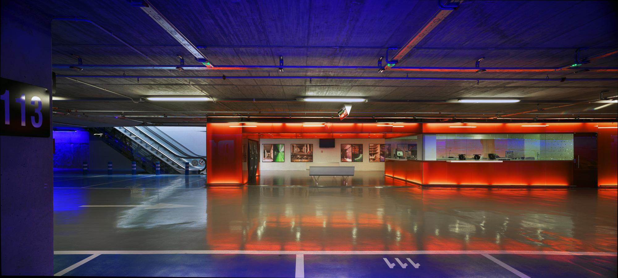 Estacionamentos Avenida Libertad / Clavel Arquitectos, © David Frutos