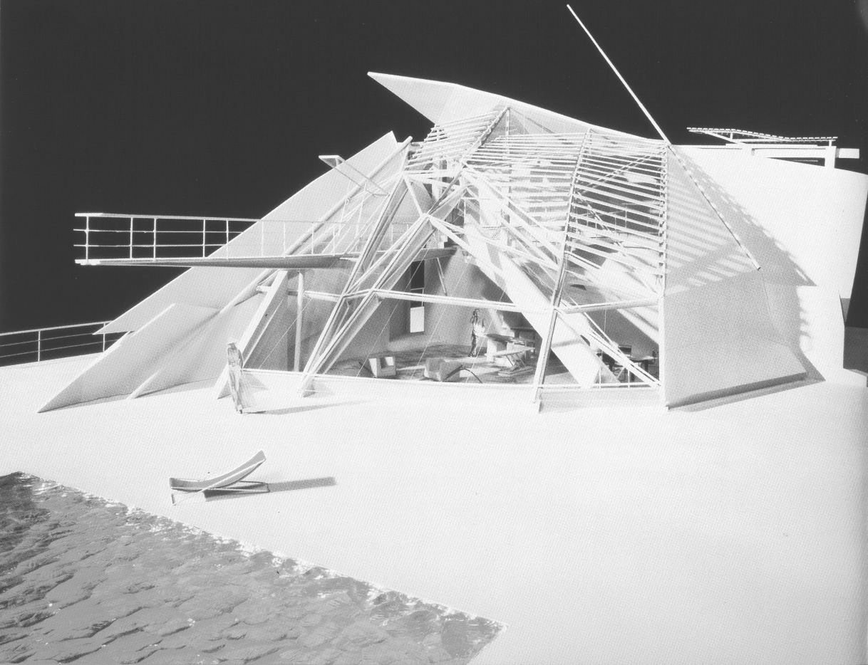 Arquitetura Desmembrada / Anthony Vidler, Coop Himmelblau, Open House, 1983-89