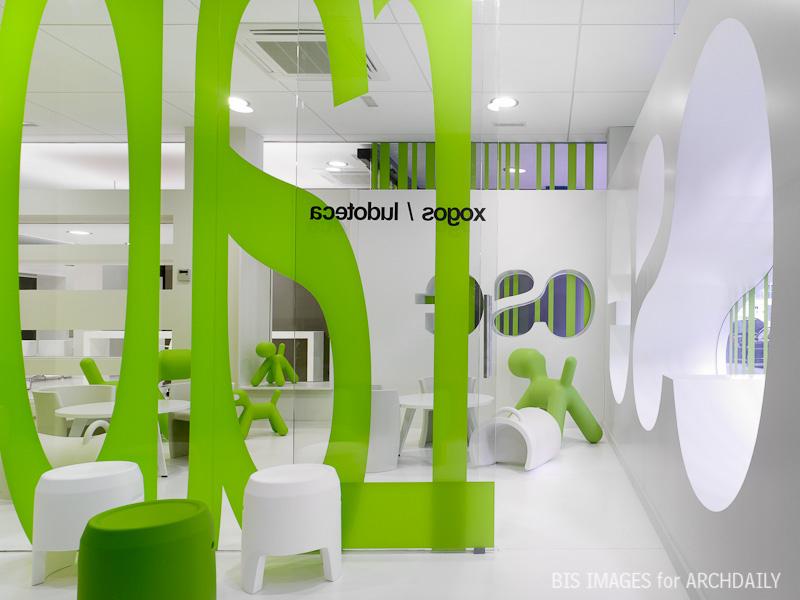 Centro Social Gorgullón / Jose Jorge Santos Ogando + Angel Cid Carballo, © Santos-Díez