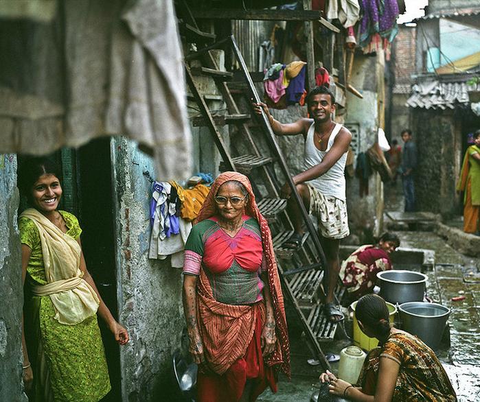 Vende-se Dharavi: a maior favela de empreendedores do mundo, Fonte  Leclercle