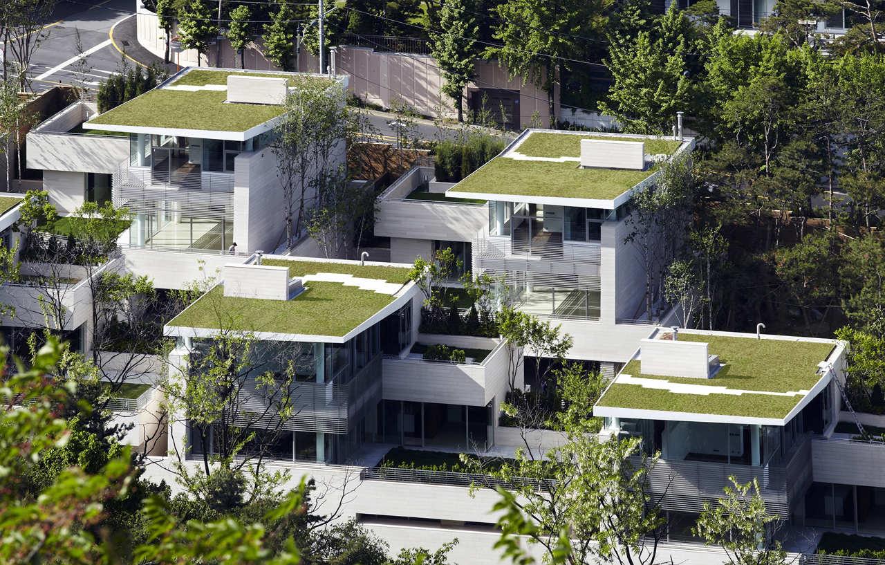 Seongbuk Gate Hills / Joel Sanders Architect and Haeahn Architecture  , © ChaiSoo Ok