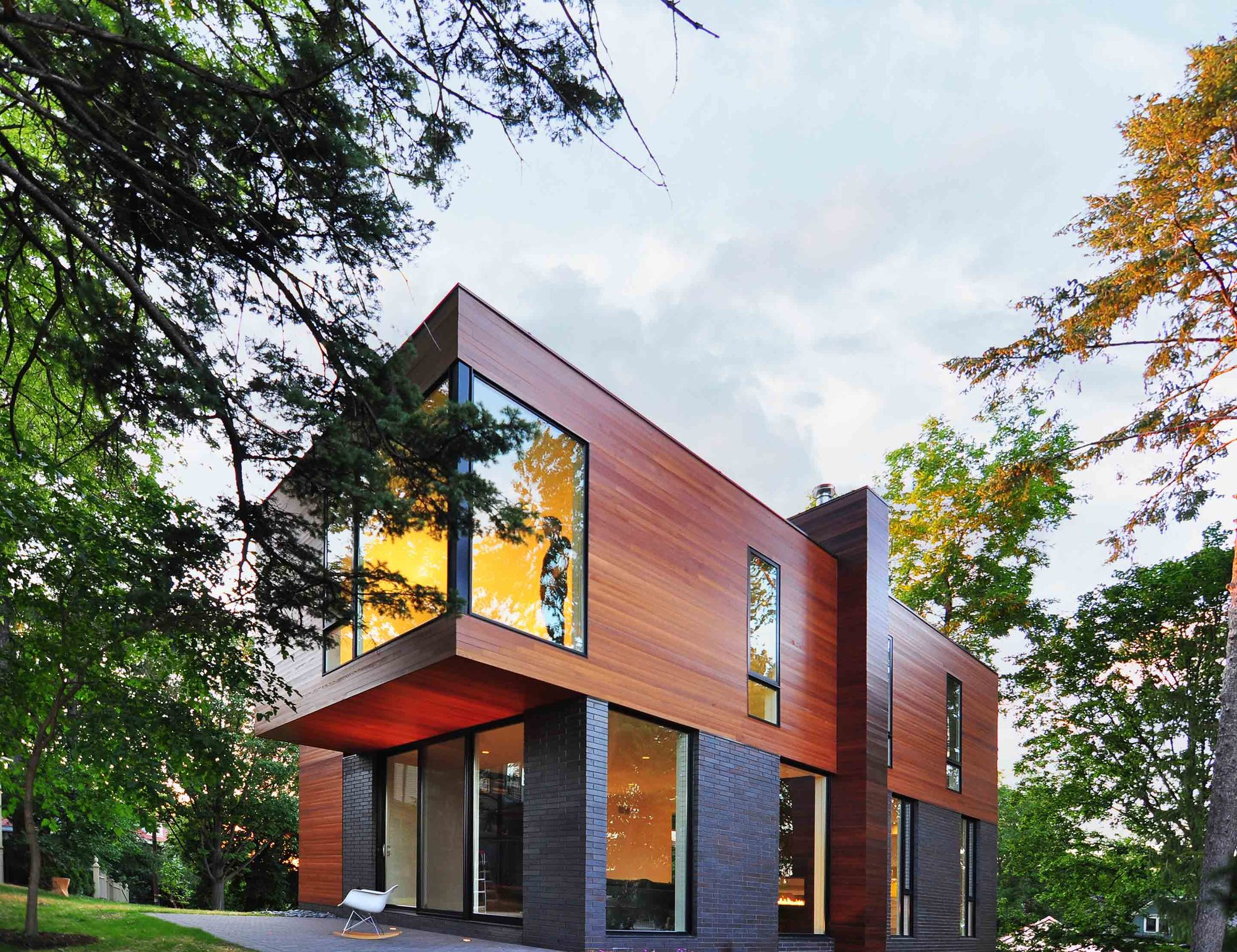 Casa Nexus / Johnsen Schmaling Architects, © John J. Macaulay
