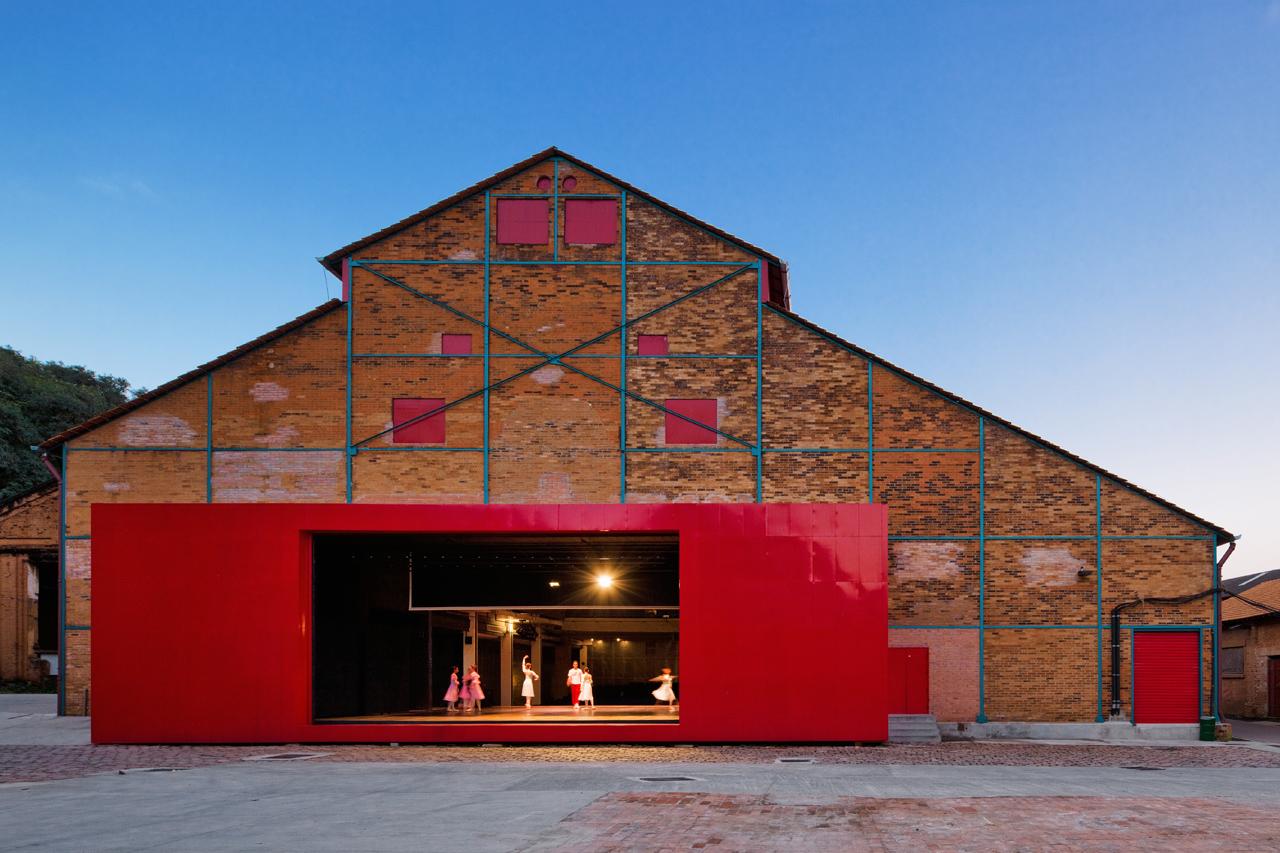 Teatro Erotídes de Campos - Engenho Central / Brasil Arquitetura, © Nelson Kon