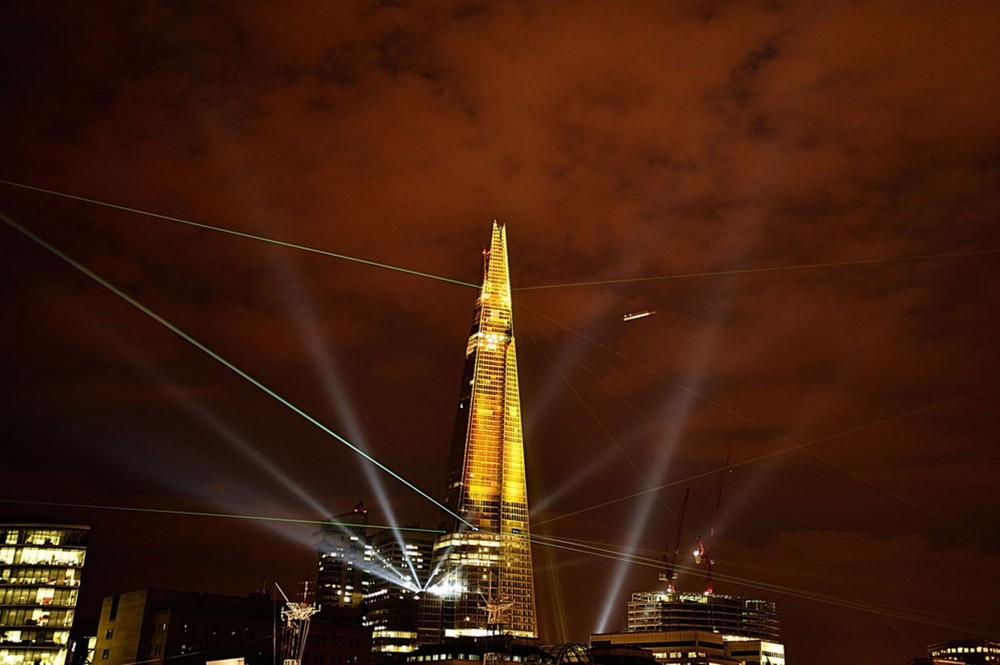 Unesco pediu veto aos arranha-céus no bairro de Southbank, Londres, Festa Inaugural The Shard, via Mirror.co.uk