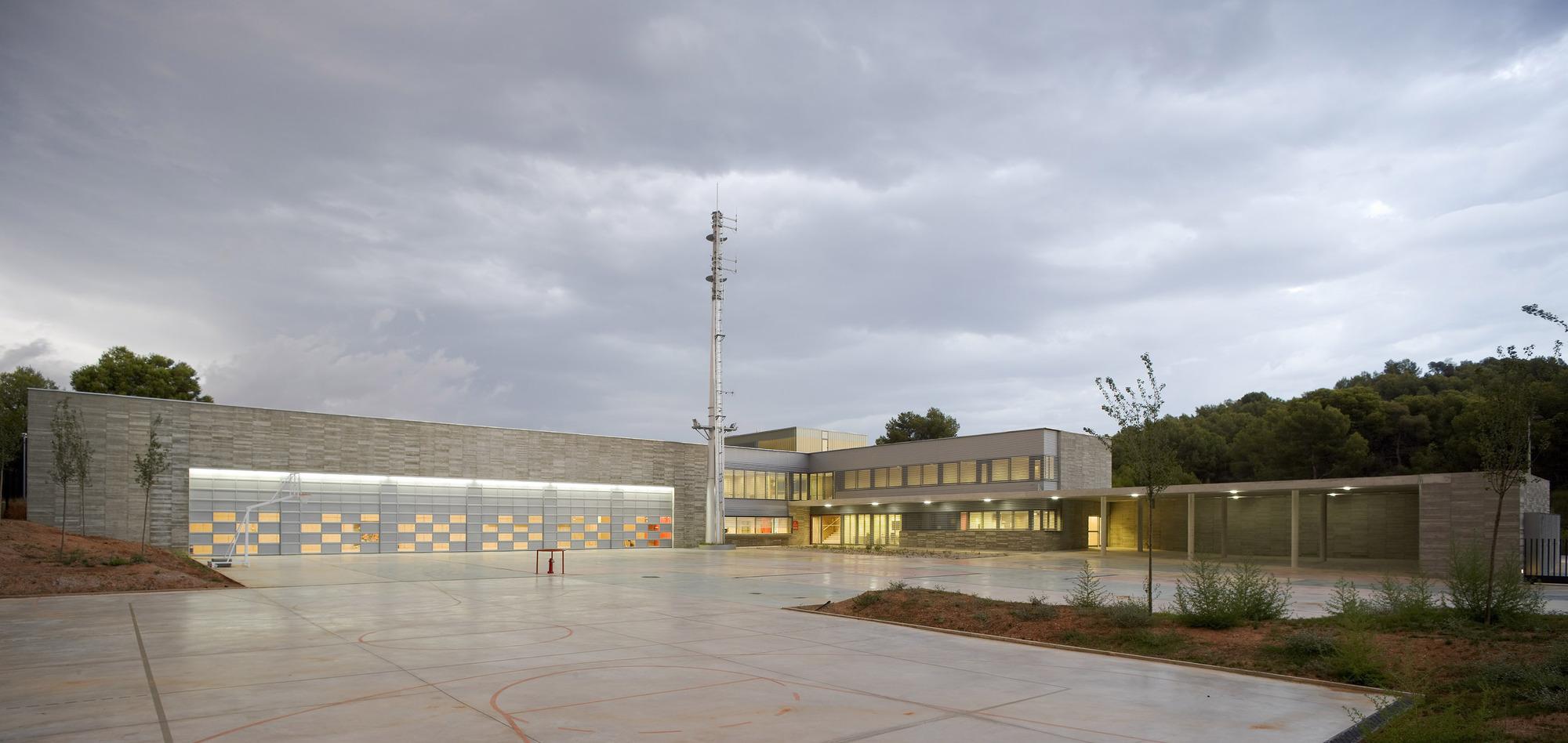 Parque de Bombeiros em Gavà / Mestura Arquitectes, © Pedro Pegenaute