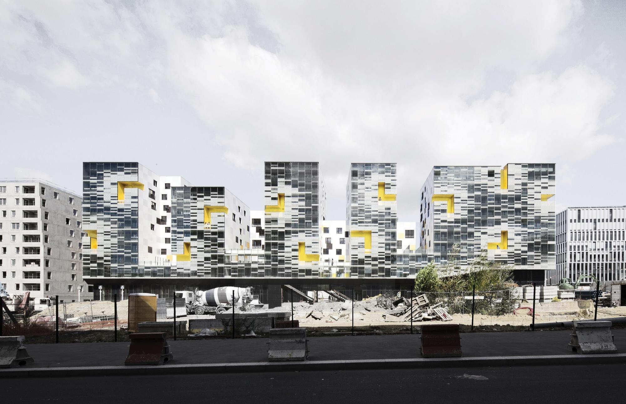 Blocos de Apartamentos em Nanterre / X-TU, © Luc Boegly