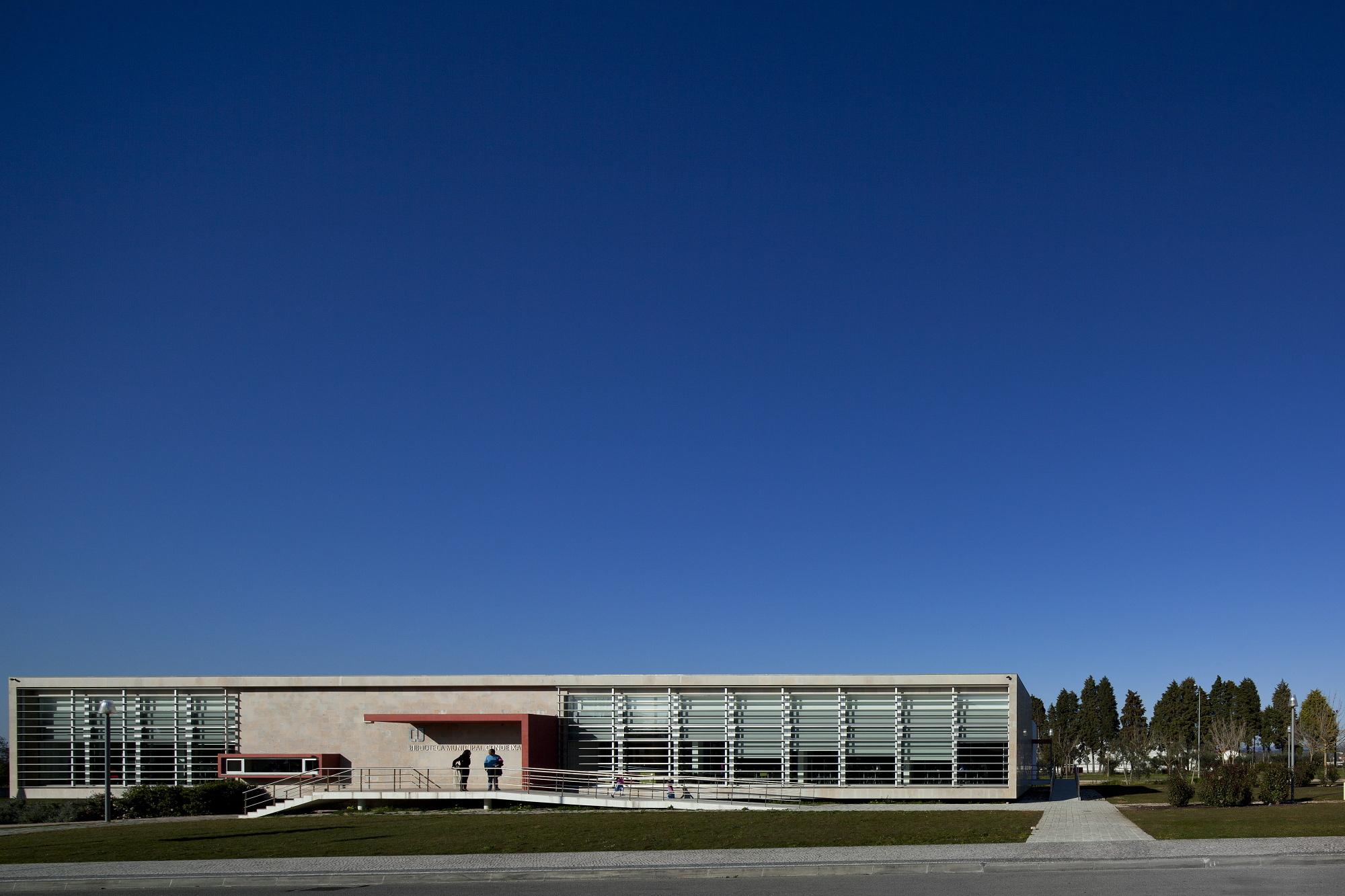 Biblioteca Pública de Condeixa / Sitios e Formas, © FG+SG – Fernando Guerra, Sergio Guerra
