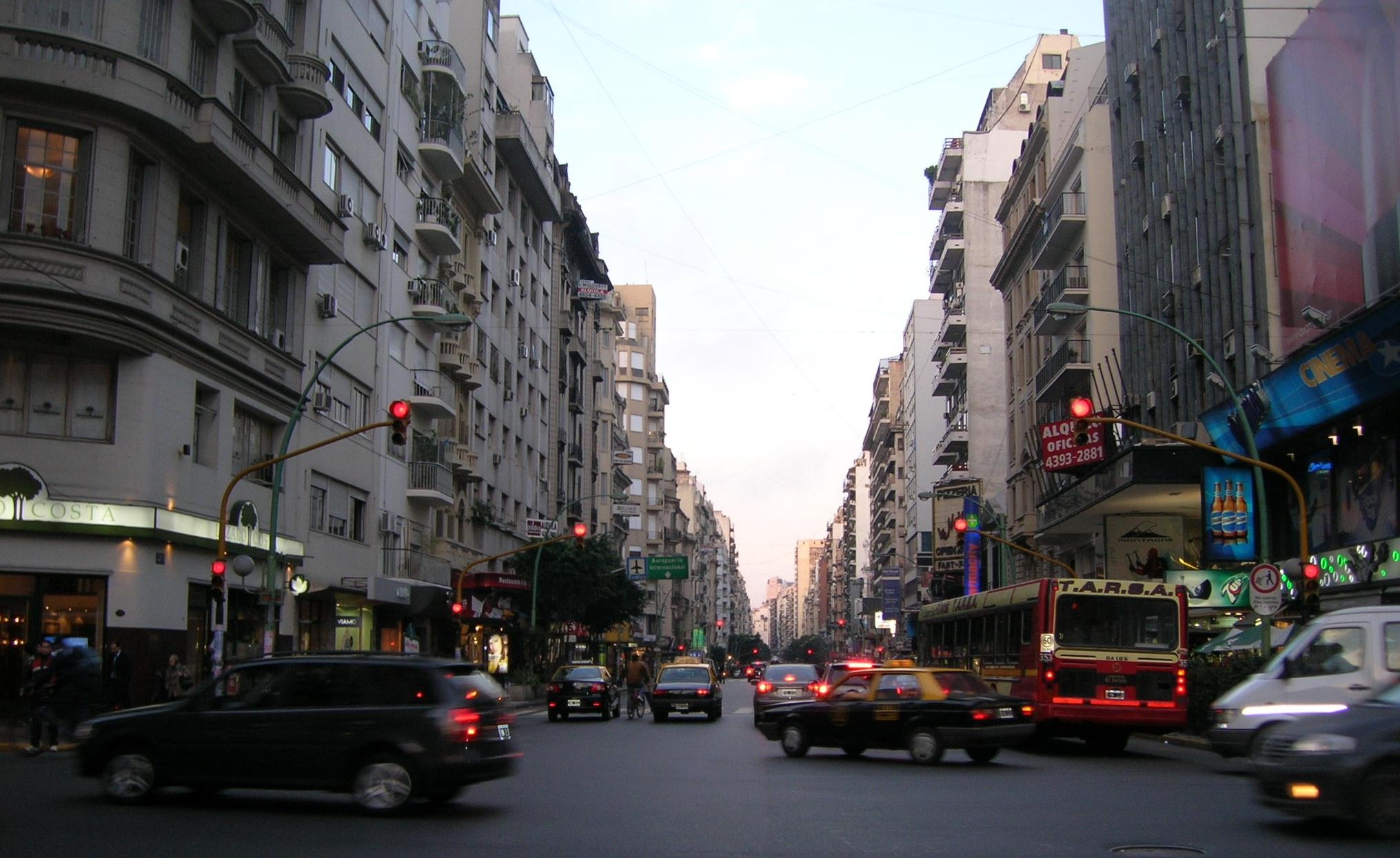 O papel das ruas comerciais: Critérios e estratégias para sua gestão, Via Plataforma Urbana
