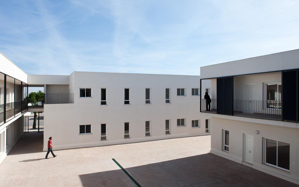 Los Santos de Maimona / GAas Architecture Studio, © Fernando Alda