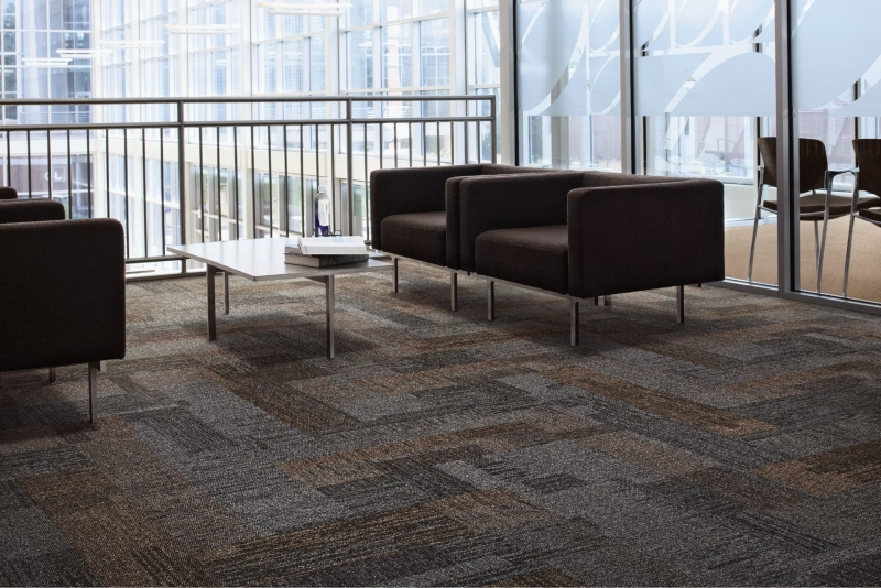 Interface: Carpetes Modulares Verticals