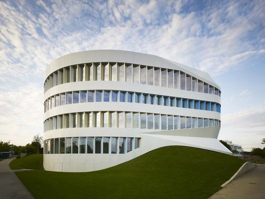 Centre for Virtual Engineering / UNStudio