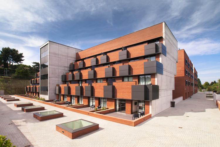 Residential Center Cugat Natura, © Xavi Gálvez