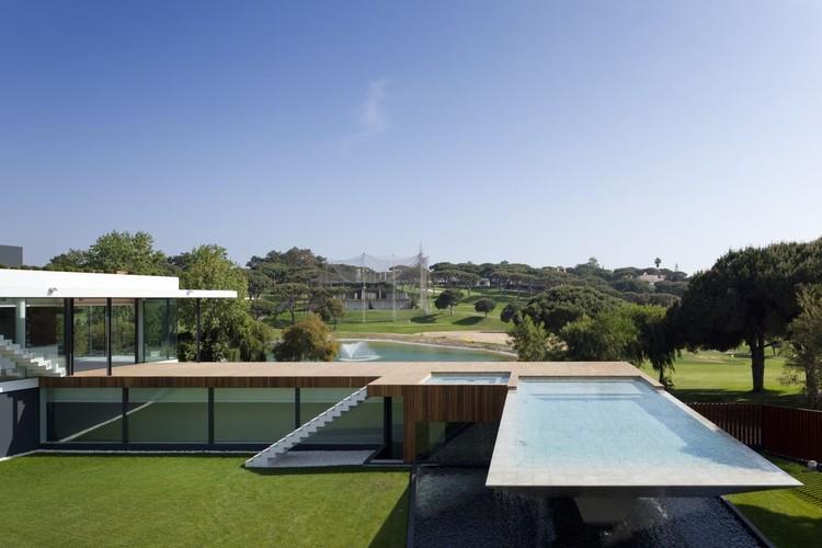 Casa Vale do Lobo / ARQUI + Lda  , © Fernando Guerra |  FG+SG
