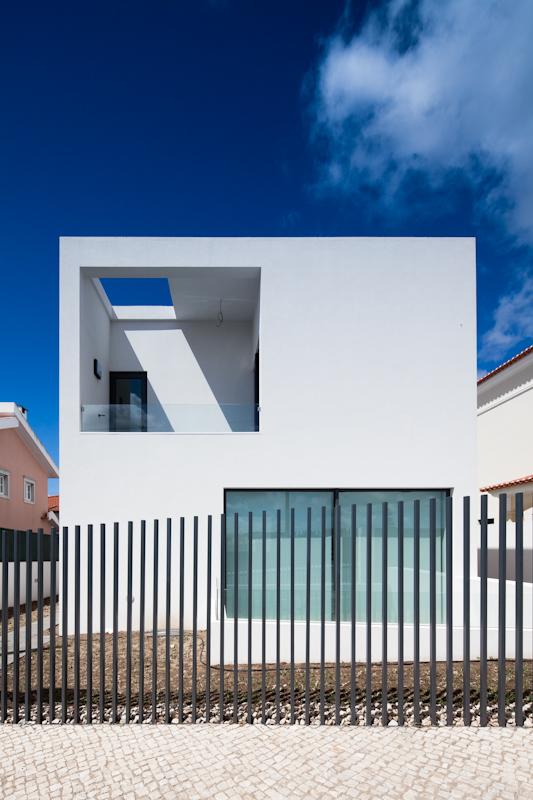 DJ House / [i]da arquitectos, © Joao Morgado