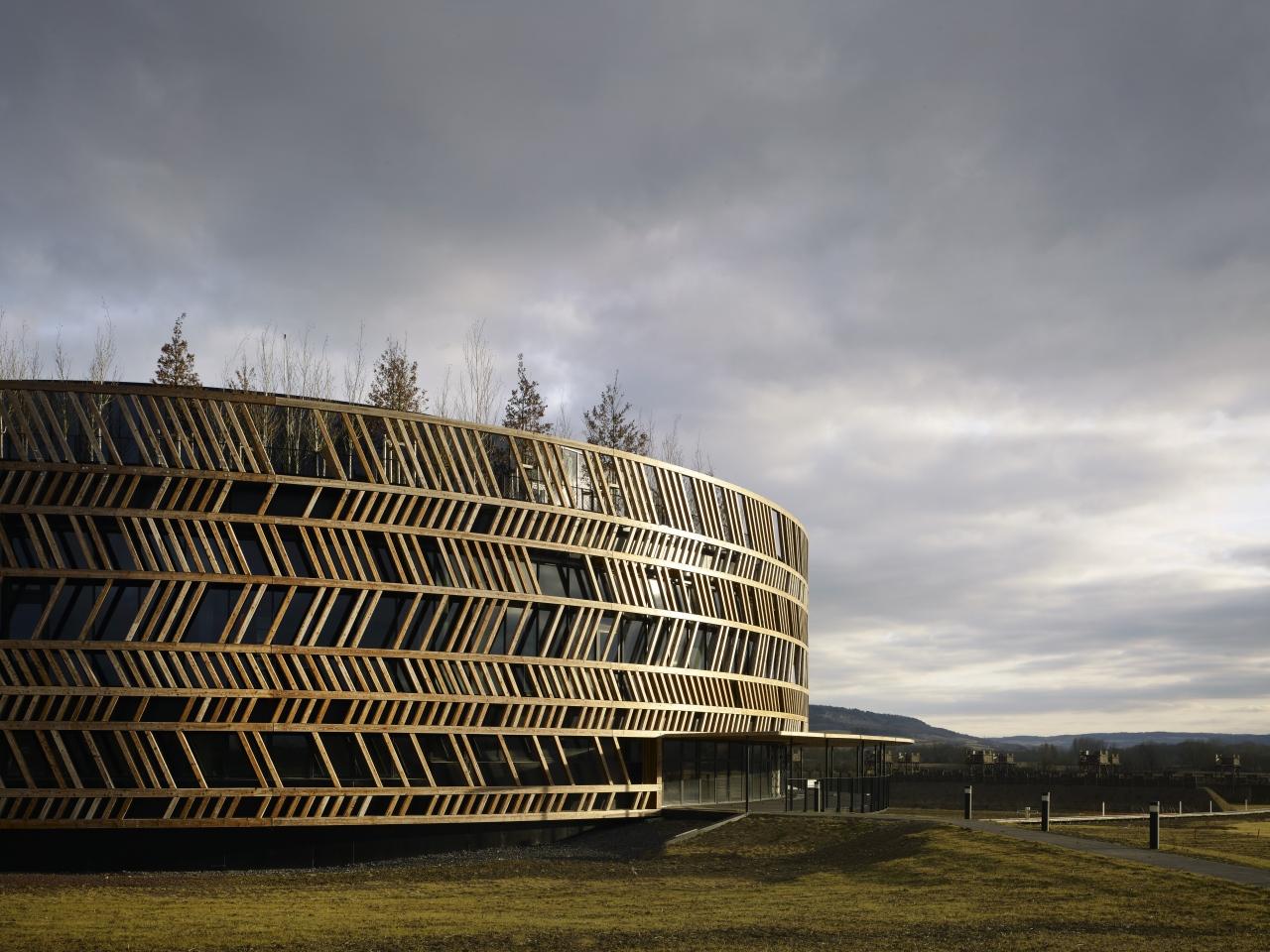 Alesia Museum Bernard Tschumi Architects C Christian Richters