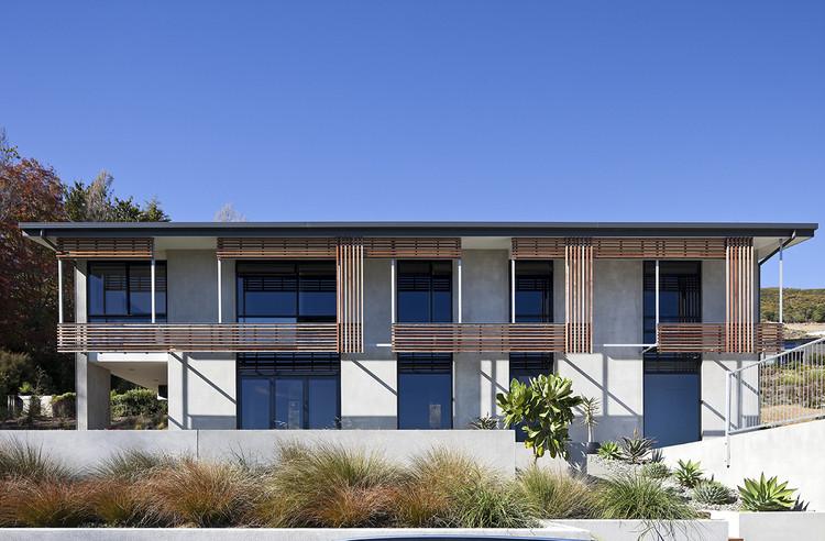 Tiltpanel House / Irving Smith Jack Architects, © Patrick Reynolds