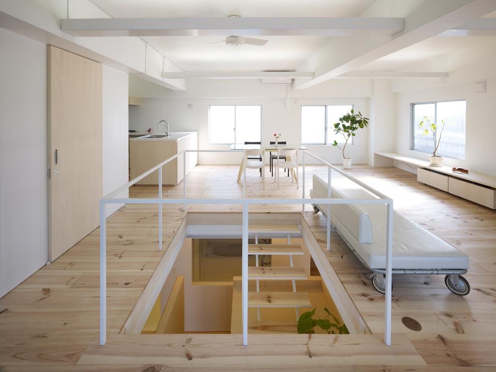 Gallery of House in Megurohoncho / Torafu Architects , 14